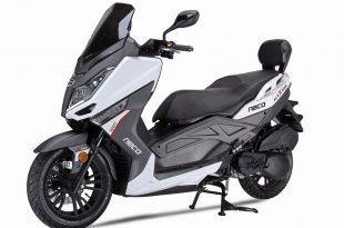 Neco passe au scooter GT avec Alexone