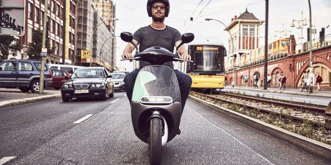 coup des nouveaux escooters en libre service paris scooter dz. Black Bedroom Furniture Sets. Home Design Ideas