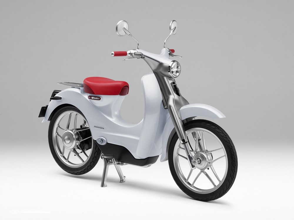 honda un scooter lectrique confirm pour 2018 scooter dz. Black Bedroom Furniture Sets. Home Design Ideas