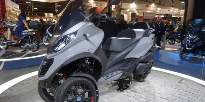piaggio mp3 500 hpe sport et business 2018 encore plus performant i eicma 2017 scooter dz. Black Bedroom Furniture Sets. Home Design Ideas