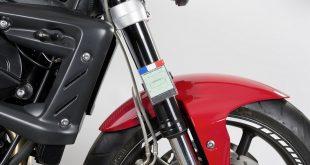 FixItEasy : la solution pour des vignettes discrètes sur votre moto