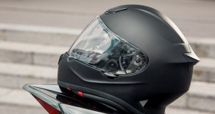 Le R-One, le premier casque intégral de sport conçu par Marko Helmets