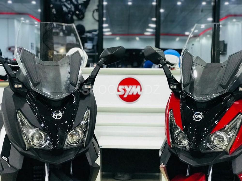 SYM Algérie : CRUiSYM 250 & 300 sont enfin arrivés !