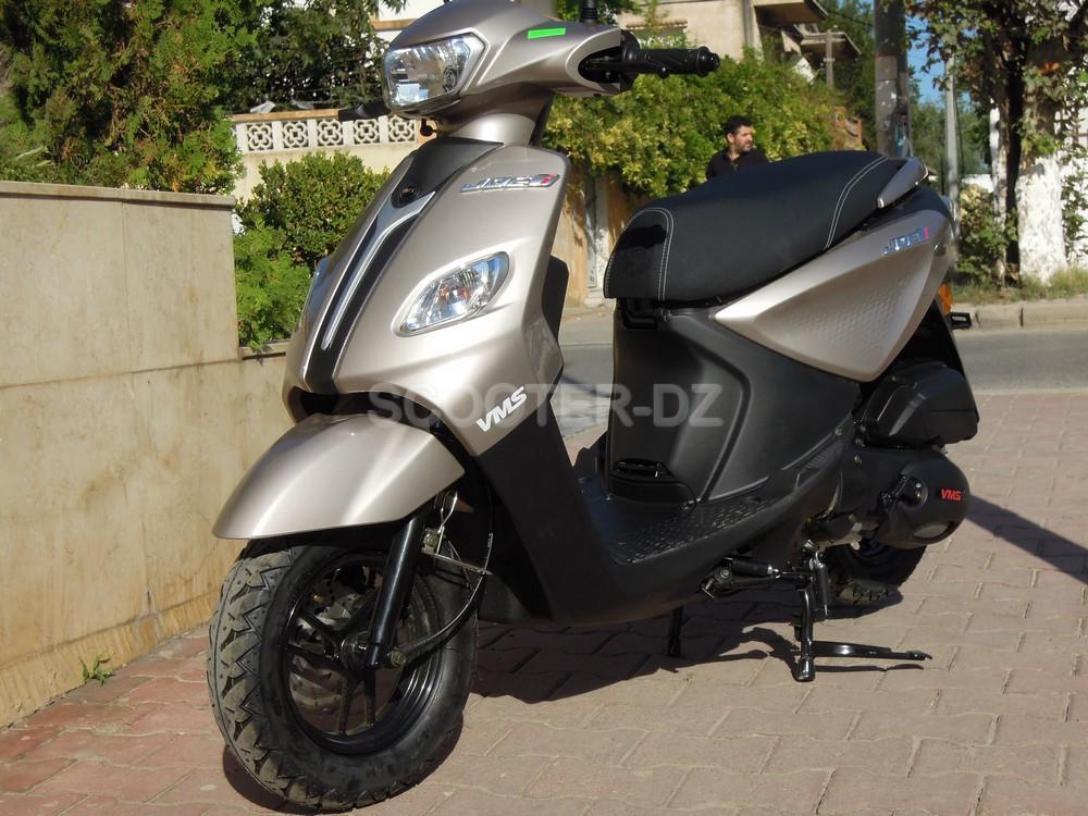 "VMS JOC-i 125, le Best-Seller catégorie ""scooter compact"" ?"