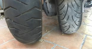 Comparatif pneus maxi-scooter : Bridgestone SC2 Rain vs TH01