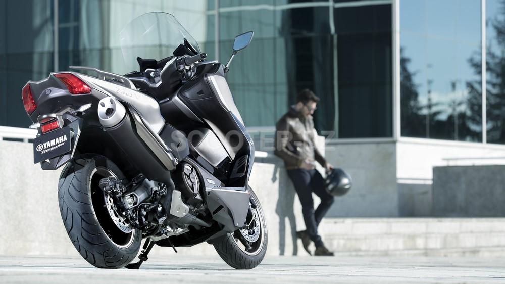 """Yamaha Algérie : le TMAX 530 DX coloris """"Ice Fluo"""" est là !"""