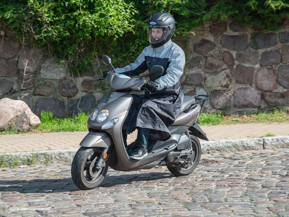 La pluie ? Même pas peur avec le Proof Scooter !