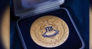 Les casques Arai reçoivent une médaille d'or de la FIM pour la sécurité
