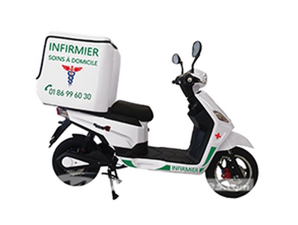 RedE met gratuitement des scooters électriques à disposition des professionnels de santé